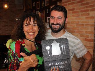 Zu Gat bei Semih Bencibara im El Bar.